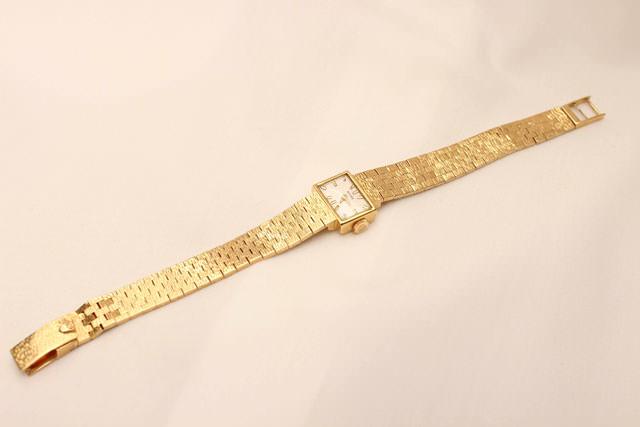 Relojes suizos de oro