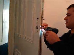 Juan el cerrajero cambiado la cerradura